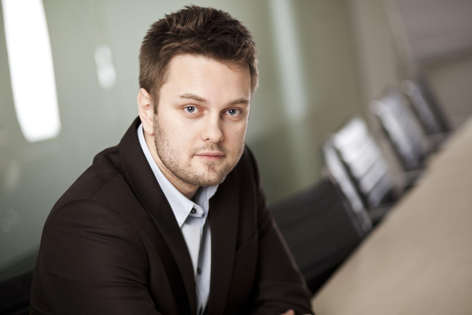 Kierowanie ruchu na stronę WWW dealera – Krzysztof Dmochowski Auto GT