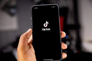 Read more about the article TikTok dla dealera [przykłady]